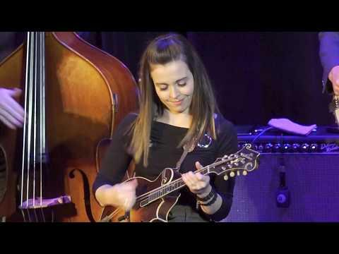 Sierra Hull with Stuart Duncan and Noam Pikelny - Lee Highway Blues