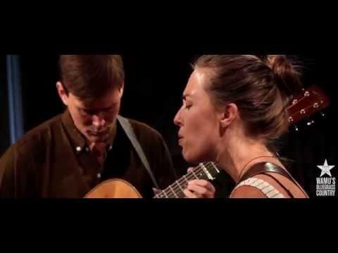 The Honey Dewdrops - Hold Love [Live at WAMU's Bluegrass Country]