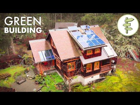 Impressive 100-Mile House Built with Sustainable & Reclaimed Materials