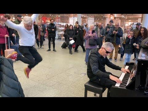 Piano Fight With Senior Citizen Kicks Off In The Mall