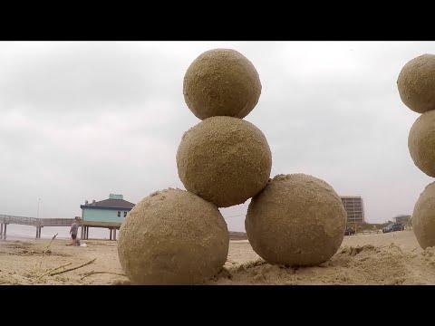 Sand Ball Artist (Texas Country Reporter)