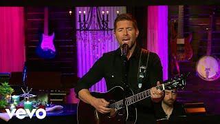 Josh Turner - I Serve A Savior (Live from Gaither Studios)