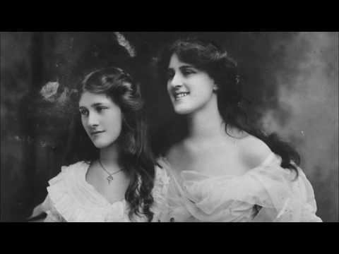 30 Wonderful Vintage Photos of Edwardian Actresses the Dare Sisters, From the Early 20th Century Vid