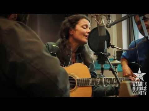 Donna The Buffalo - I See How You Are [Live At WAMU's Bluegrass Country]