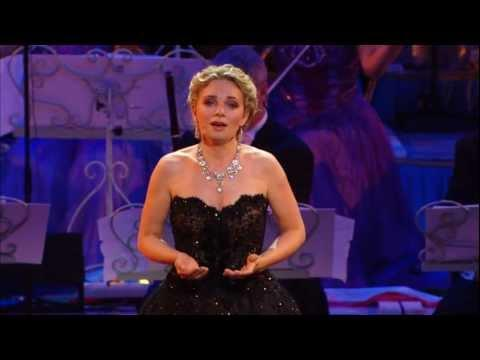 André Rieu - Don't Cry For Me Argentina Live At Radio City, New York