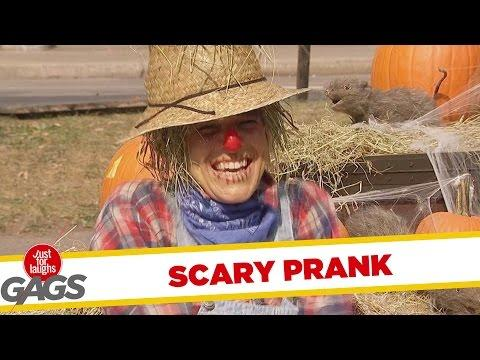 Scary Scarecrow Prank
