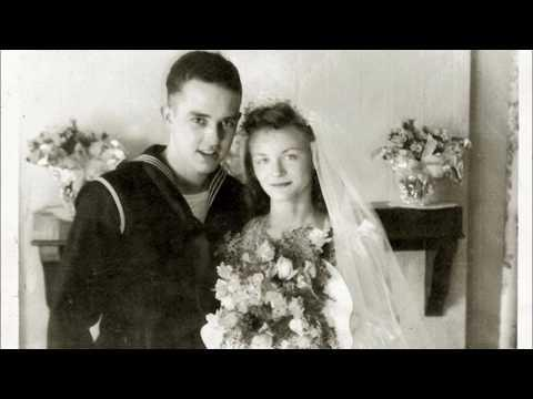 50 Wonderful Photos Showing Married Couples During the Second World War