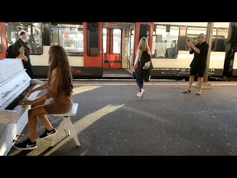 Take the Boogie Woogie Train with Ladyva #Video