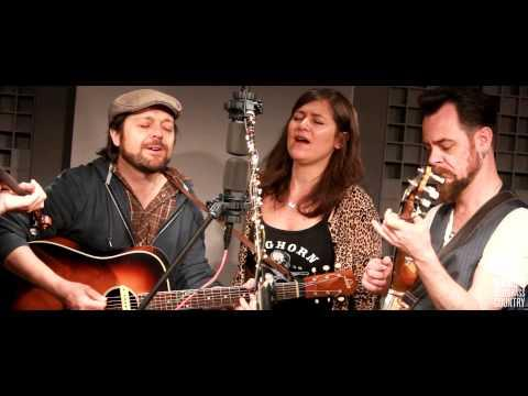 I Draw Slow - Hide And Seek [Live At WAMU's Bluegrass Country]
