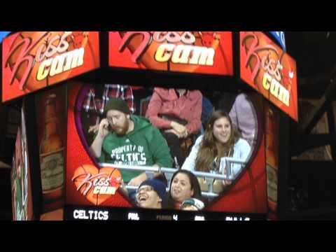 Hilarious! - Chicago Bulls Kiss Cam