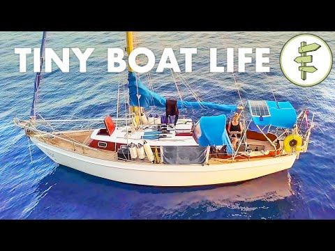 { Video } Living on a TINY 28ft Salvaged Sailboat for 2 Years + BOAT TOUR