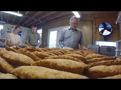 Mom's Fried Pies (Texas Country Reporter)