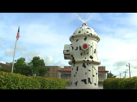 World's Largest Working Fire Hydrant (Texas Country Reporter) #Video