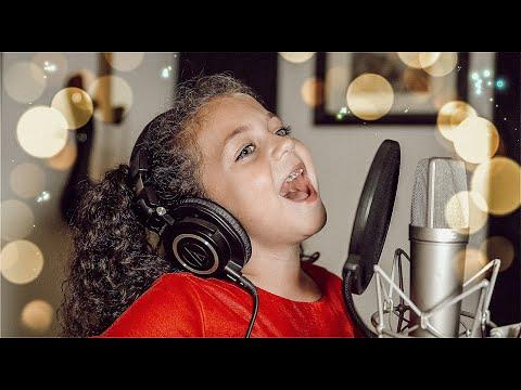 ALL I WANT FOR CHRISTMAS IS MY TWO FRONT TEETH - Sophie Fatu Video