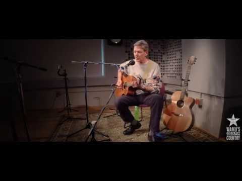 Pierce Pettis - Moontown [Live At WAMU's Bluegrass Country]