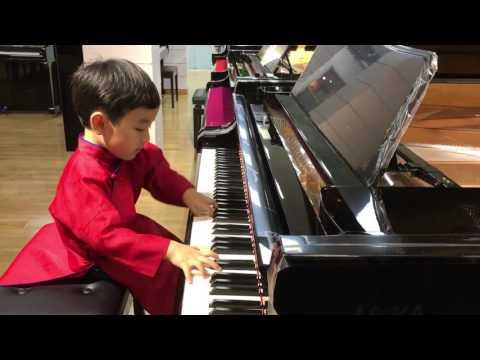 Evan Le - Amazing 5-Year Old Piano Prodigy (WOW! )