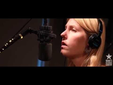 Zoe Muth - Annabelle [Live At WAMU's Bluegrass Country]