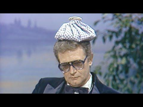 Charles Nelson Reilly Talks With Johnny About Recently Bombing on Broadway, on Carson Tonight Show