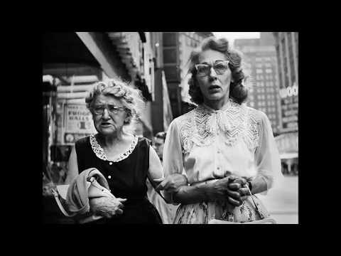 33 Amazing Vintage 1950s Street Photos of NYC and Chicago