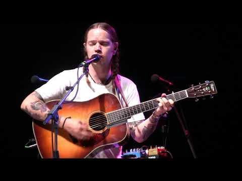 Billy Strings Video, My Sweet Blue Eyed Darlin - Grey Fox 2019
