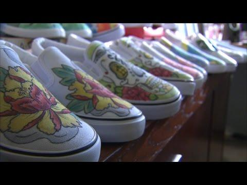 Tattoo Shoes (Texas Country Reporter)