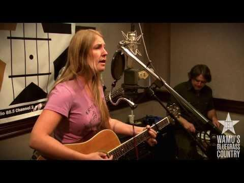 Zoe Muth & The Lost High Rollers - Country Blues [Live At WAMU's Bluegrass Country]