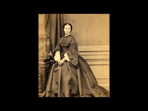 18 Lovely Vintage Photos of Victorian Women Video from the 1840s - 1860s