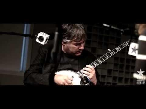 Béla Fleck & Abigail Washburn - And Am I Born To Die [Live At WAMU's Bluegrass Country]