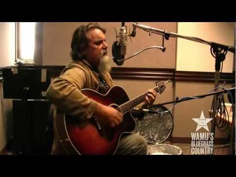 Darrell Scott - No Use Living For Today [Live At WAMU's Bluegrass Country]