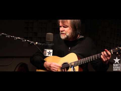 Beppe Gambetta - Handsome Molly [Live At WAMU's Bluegrass Country]