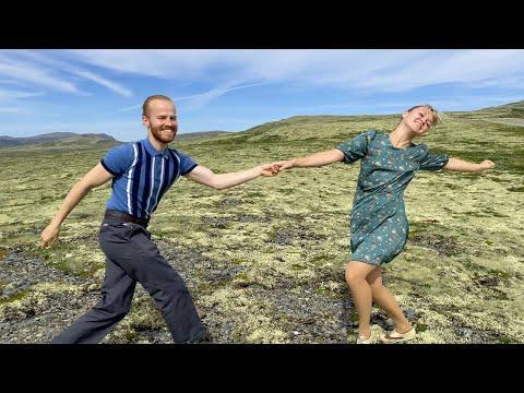 Lindy Hop Dancing by Sondre & Tanya! #Video