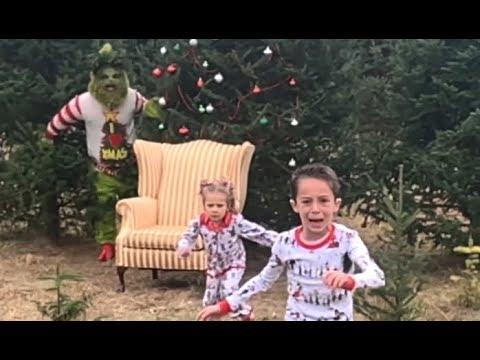 The Grinch Ruins Christmas. Your Daily Dose Of Internet