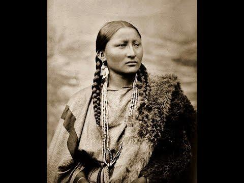 40 Rare Photos of Native American Life during the Early 1900s  Volume 1