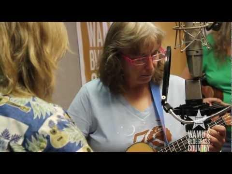 Cathy Fink & Marcy Marxer - Snowdrop [Live At WAMU's Bluegrass Country]