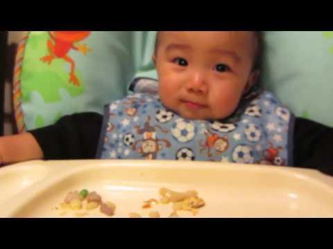 Baby Eats Food Like Ninja!