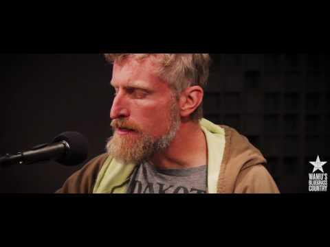 Chris Coole & Ivan Rosenberg - Stage Fright [Live at WAMU's Bluegrass Country]