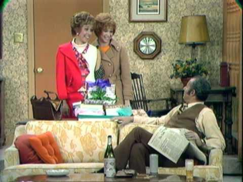 Carol Burnett Lost Episodes Exclusive Clip - Carol And Sis