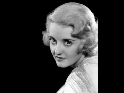 30 Stunning Photos of a Actress Bette Davis During the 1920s and 1930s