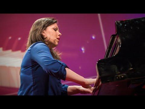Why One Woman Takes Her Piano On The Road... And In The Air!