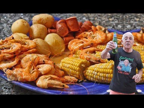 Chef Pasquale Tries a Shrimp Boil