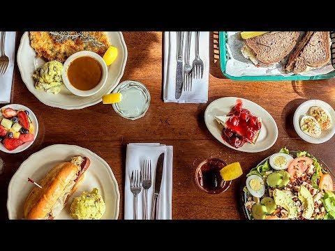 Schilo's Deli: The Oldest Restaurant in San Antonio (Texas Country Reporter)