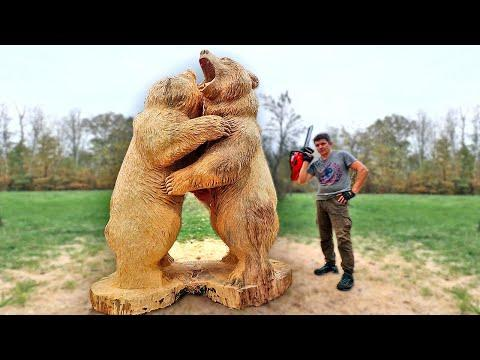 Wooden REAL SIZE fighting GRIZZLY BEARS, chainsaw woodcarving video