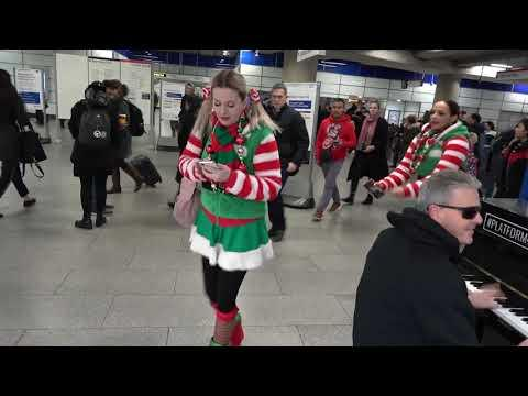 Santa's Little Elves React To Boogie Woogie