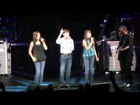 Amazing Child Singers - Jesus Messiah With Chris Tomlin In Memphis
