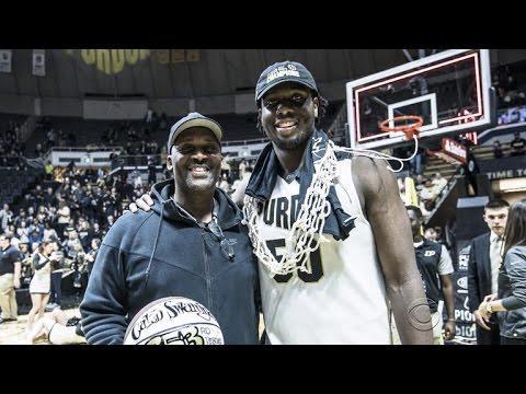 Adoptive father helped formerly homeless boy to basketball stardom