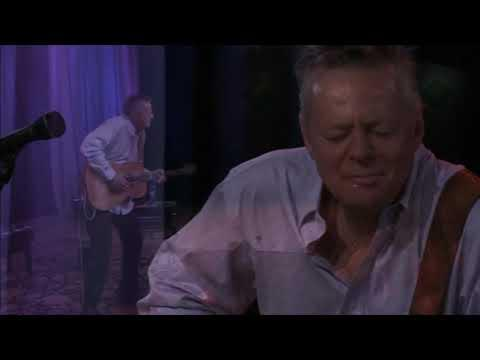 Ruby's Eyes (Live) | Tommy Emmanuel