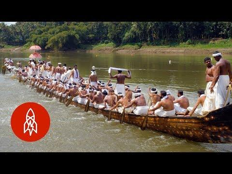 Crafting India's 120-Foot-Long Snake Boats