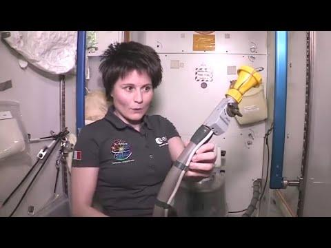How Astronauts Use The Bathroom Video. You Daily Dose Of Internet.