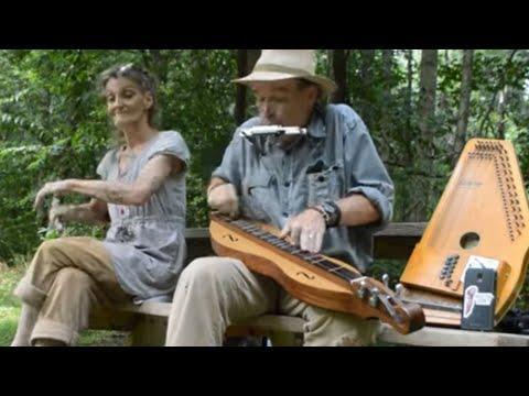 Pretty Little Girl - Lyle Rickards & Spoon Lady  #Video