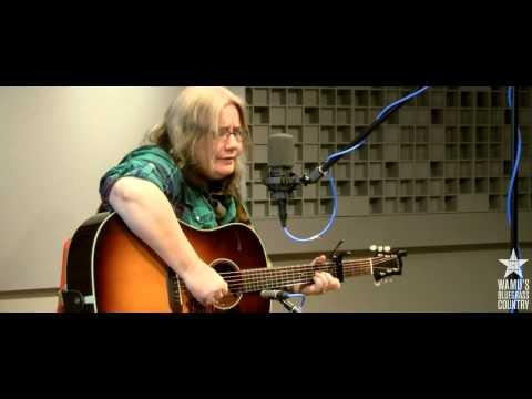 Kate Campbell - Signs Following [Live At WAMU's Bluegrass Country]